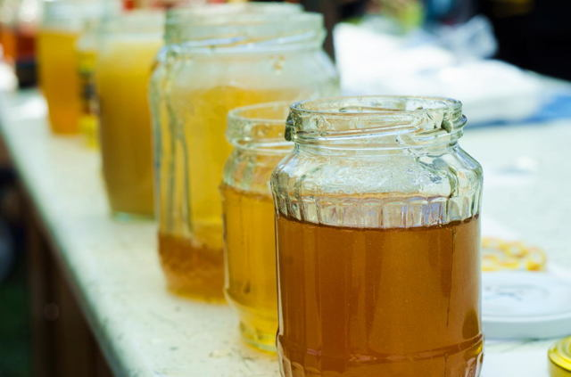 Manukový med (manuka med) a naše zdraví – proč si ho dát?