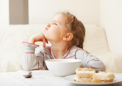 Alergie na bílkovinu kravského mléka – nejčastější alergie v dětském věku