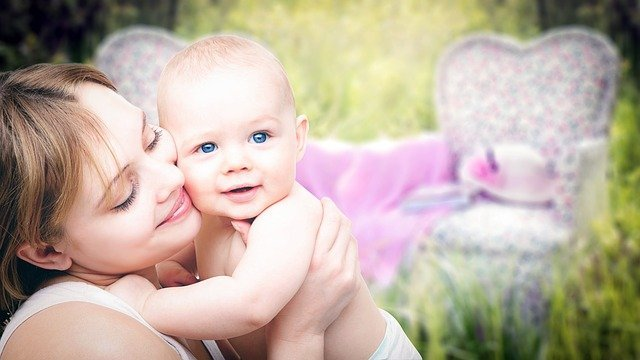 Vitamín K a vitamín D u kojenců – proč je potřebují?